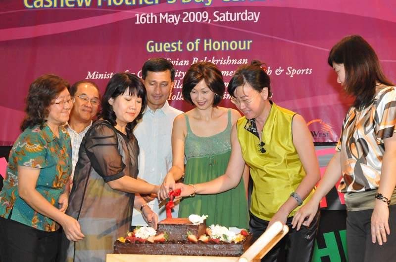 Cashew Mother's Day Celebration 09